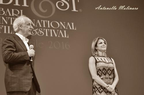 Toni Servillo e Claudia Gerini