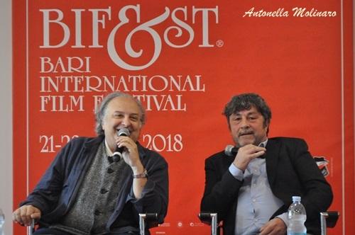 Diego Olivares, regista di Veleno