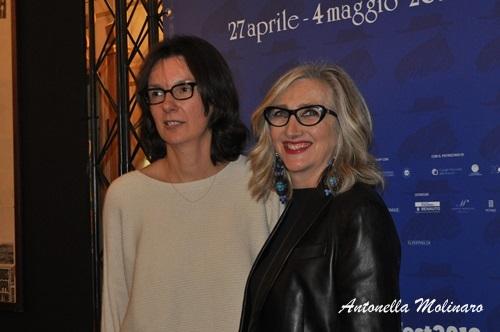 La regista Katja Colja e l'attrice Lunetta Savino