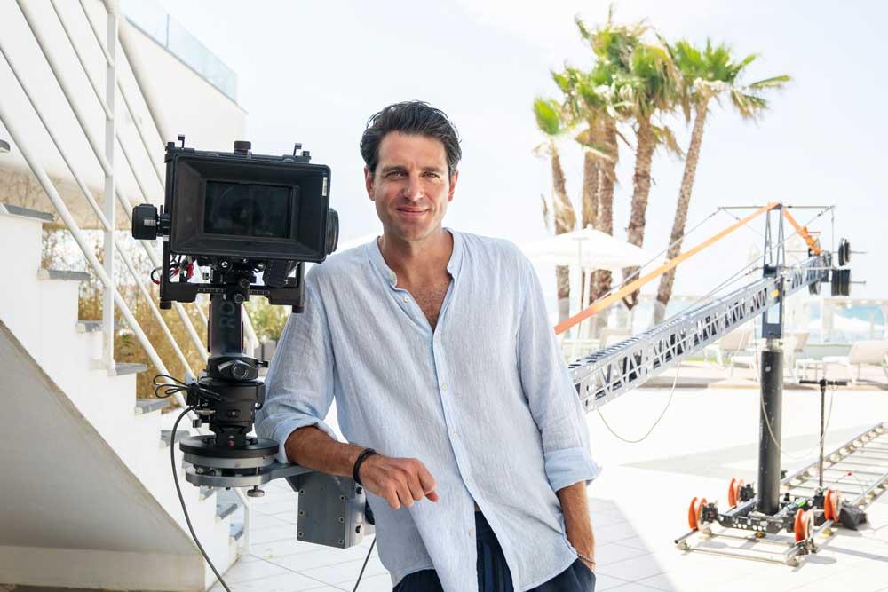 Giampaolo Morelli, regista e protagonista di 7 ore per farti innamorare