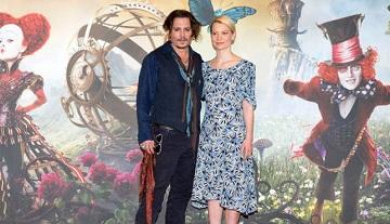 Alice attraverso lo specchio Mia Wasikowska Johnny Depp