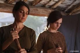 Donatella Finocchiaro e Sara Serraioccco in una scena del film L'accabadora