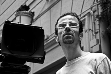 Il regista Giovanni Meola