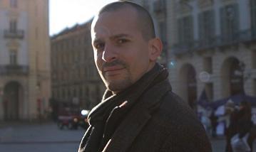 Il regista Marco Calvise