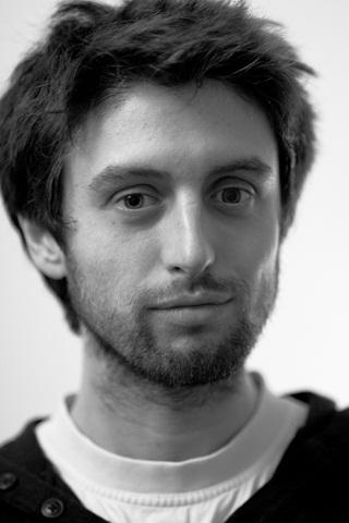 Il regista Adel Oberto