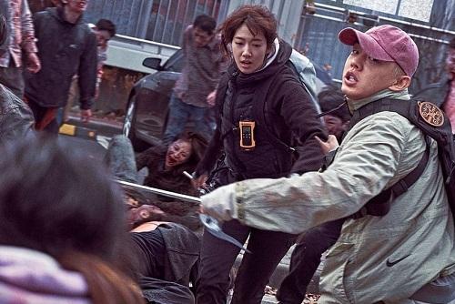 Joon Woo e Yoo Bin in una scena del film