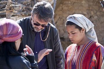 Il regista Guido Chiesa durante le riprese