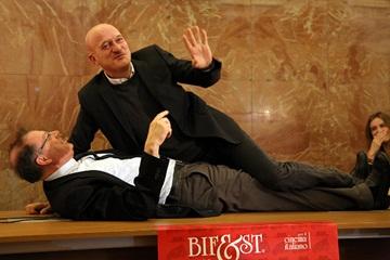 Claudio Bisio con Franco Montini. Foto di Pasquale Susca