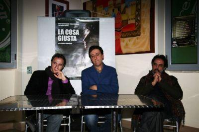 Il direttore artistico di Sguardi di Cinema Italiano Michele Suma, il regista Marco Campogiani e l'attore Ahmed Hafiene