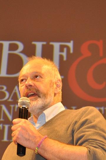 Michael Radford durante la lezione di cinema