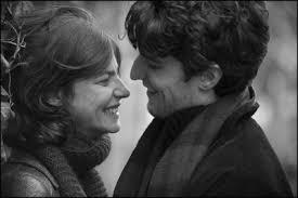 Louis Garrel e Anna Mouglalis in una scena del film