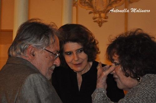 L'attrice Fanny Ardant tra Felice Laudadio e Claudia Cardinale