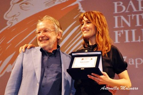 L'attrice Paola Cortellesi con il direttore Felice Laudadio
