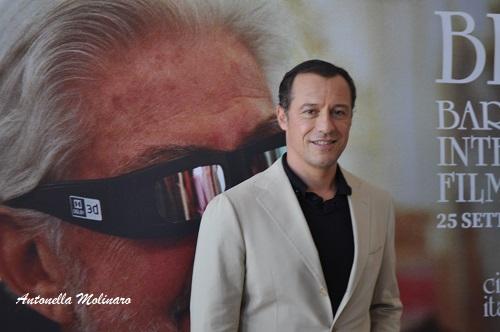 L\'attore Stefano Accorsi